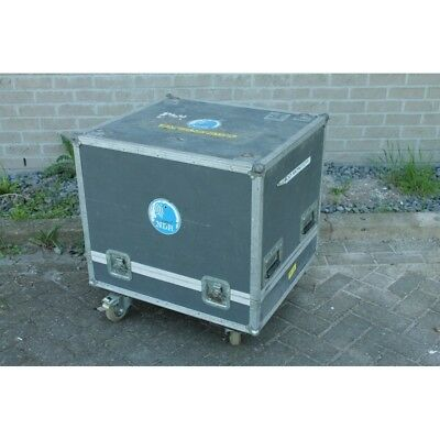 Sturdy Flightcase Suitable for Transportation of Monitors