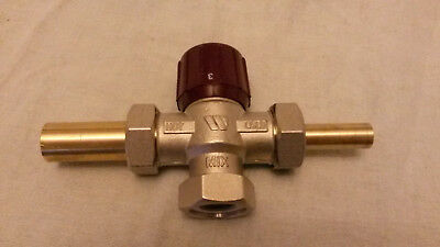 """QUALITY Thermostatic Mixing Valve FROM WATTS INDUSTRIES with 3 1"""" BSP CONNECTORS"""