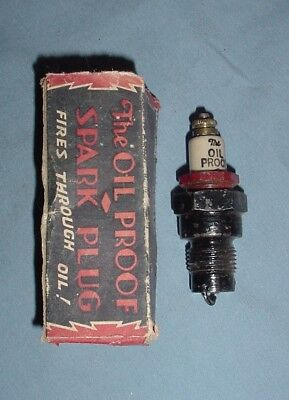 The Oil Proof Vintage Antique Spark Plug NOS With Box 18mm Motorcycle