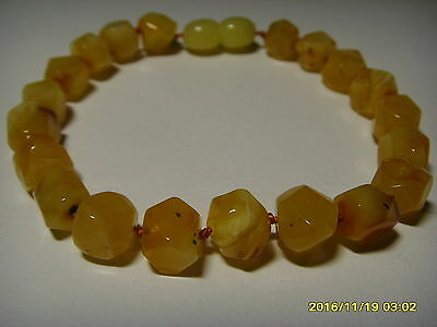 Antique Butter GENUINE BALTIC AMBER bracelet 6.96gr. A-424