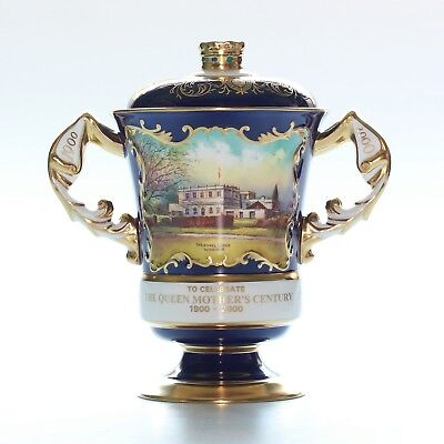 Aynsley Vase, Commemorating The Queen Mothers Centenary. Royal Lodge Windsor