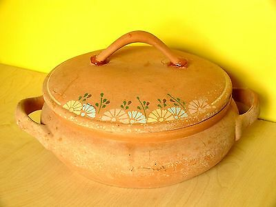 Terracotta Earthenware Pot With Lid