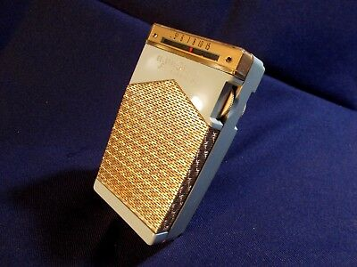 1960 General Electric 6 Transistor Radio P-830 With Vintage Battery Plays Well!