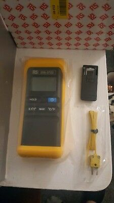 Test Equipment RS Pro Digital Thermometer 1 Input Handheld K Type Input + probes