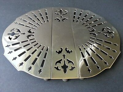 Vintage Wilcox Quality Silverplate Large Pierced Expandable Trivet