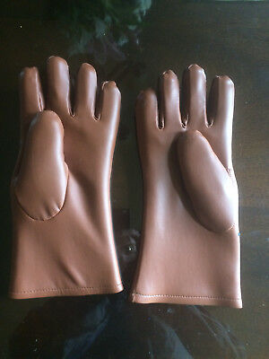 Lead X-ray Gloves, Radiation protective .5mm, new and unused