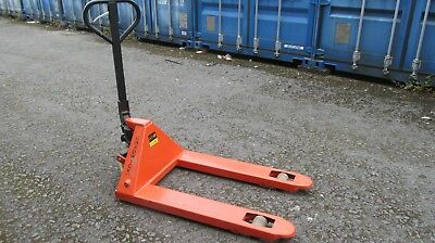 Chadwick Pallet Truck Wide forks fits UK and Euro Pallets - 2000Kg