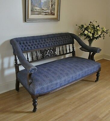 Elegant Antique Edwardian Carved Walnut Upholstered Settee /Sofa /Couch /Lounge