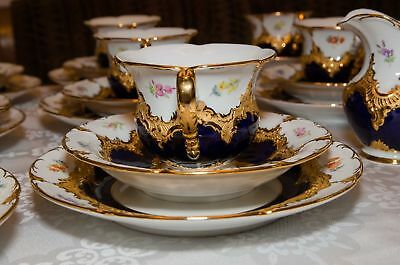 Antique porcelain tea/coffee set for 8 person  !