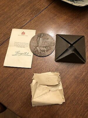 WW1 Medals Death Plaque For Frederick Arthur Raymond  WWI with letter and holder
