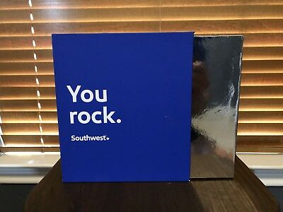 Rare Southwest Airlines SWA Wireless Headphones