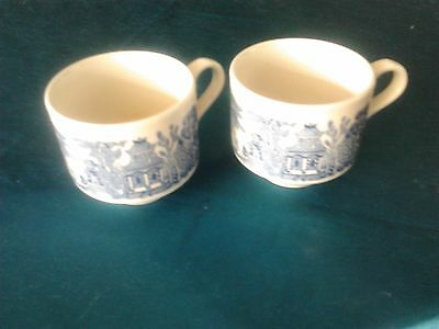 2 x blue willow and white cups made in England collectable tea cups kitchen