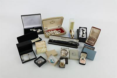 15 pieces of vintage  boxed PEARL, Mother of Pearl & Paua shell jewellery