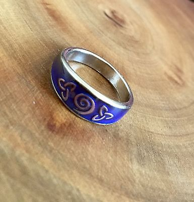 Celtic Knot Spiral Band Mood Ring