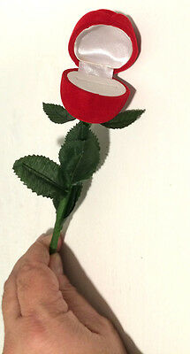 MAGIC RED ROSE TO RING BOX Trick Flower Vanishing Flying Jewelry Gag Stem Pocket
