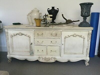 HAMPTONS STYLE French provincial cream wash tv unit