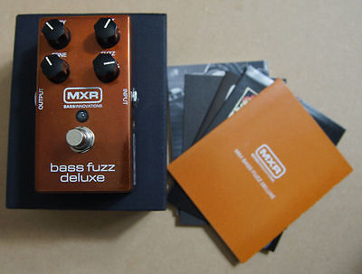 MXR Bass Fuzz Deluxe M84 - Fuzz effect pedal - Comme neuf (50 euros moins cher)