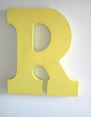 """Provo Craft, Resin Wall Letter, R, 9"""" x 7-1/2"""" x 1/2"""", Repaintable!, EUC"""