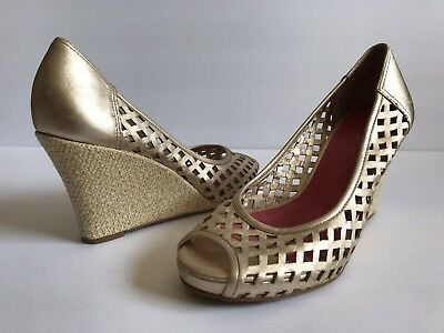 83936f4d7cf Lilly Pulitzer Gold Metallic Woven Peep Toe Wedges Size 9