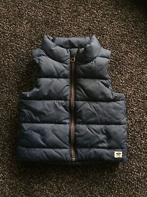 Country Road Blue Puffer Vest. Size 12-18 months excellent condition