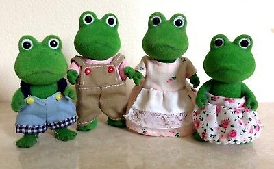 Sylvanian Families Vintage Frog Family with Original Clothing