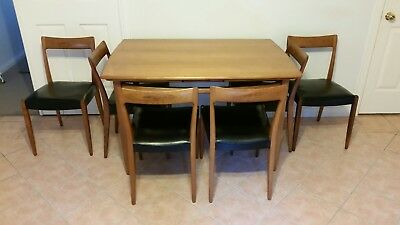 Retro mid century extendable dining table and 6 chairs