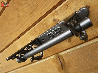 A Vintage Style Gner Toilet Roll Holder. Nice Design & Very Different!