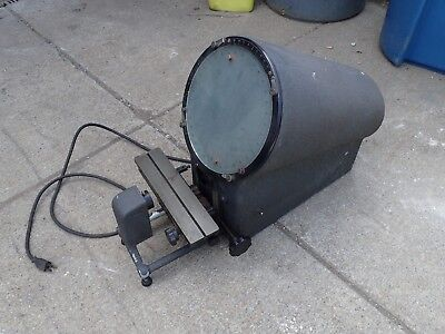 "Micro-Vu 400 10"" Bench-Top Optical Comparator: 120V, Used in Good Condition"