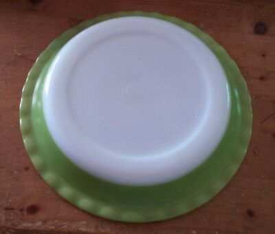 Vintage Retro Pyrex Pie Quiche or Flan Plate 10 in Lime Green White Ovenware GC