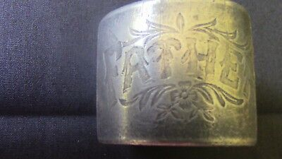 Napkin ring (set of 2) engraved Father and Mother with flowers and leaves