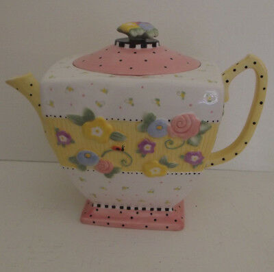 1999 Mary Engelbreit Meadow Hostess Teapot  Mint Condition Yellow Pink White