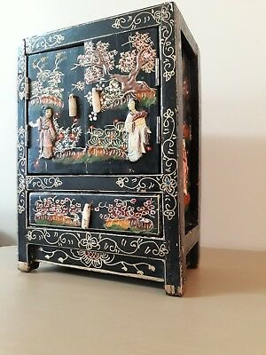 Jewellery box / Cabinet. Japanese (old)