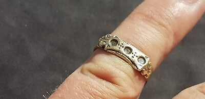 Rare Exquisite Post Medieval bronze finger ring. Please read description. L113h