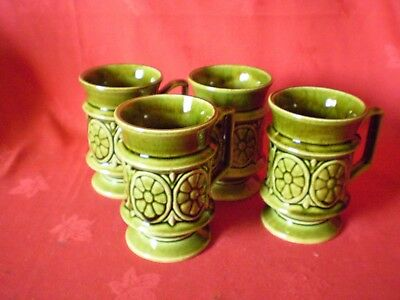 Set Of Four Green Holkham Mugs T118... Good Clean Condition