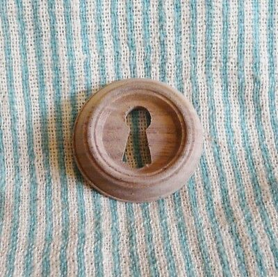 VICTORIAN  ROUND WOOD KEYHOLE lOCK ESCUTCHEON- WALNUT-OAK-MAHOGANY