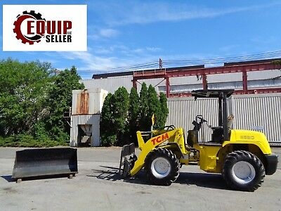 TCM E820-2 Articulating Wheel Loader Skid Steer - 4x4 - Includes Bucket & Forks