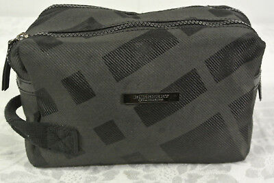 BURBERRY FRAGRANCES Toiletry Bag Black Makeup Perfume Gym Carry 2 Pocket  purse 041a676e00