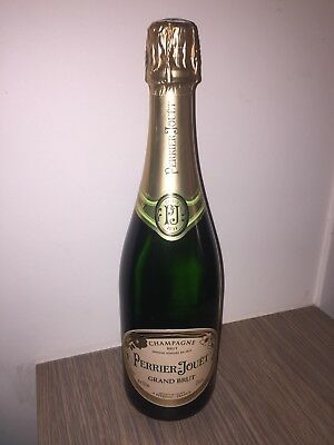 Perrier Jouet Grand Brut Champage 6 x 750ml