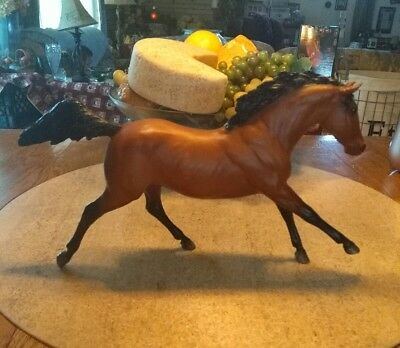 """Breyer Molding Co. Brown Horse With Black Mane U.S.A. Aprox 13 1/2""""X 8 1/2"""""""
