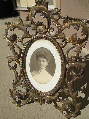 Vintage Gilt Bronze/Brass w easel selfstanding table oval picture frame