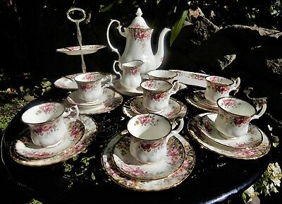 Royal Albert Autumn Roses complete 24 Piece Coffee set w large Coffee Pot- Mint!
