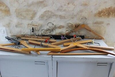 Set of 14 antique hangers wood - trousers skirts - Sipratic and others