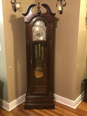 Limited Edition The First Great Seal Grandfather Clock By Ridgeway 1438 Of 5000