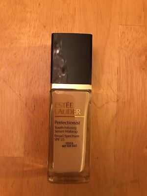 New Estee Lauder Perfectionist Youth-infusing Serum Makeup SPF25.1W2 Sand