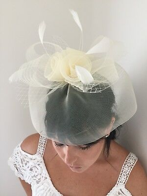 Cream Fascinator Feathers Flowers Mesh Clip Headband Wedding Races NEW