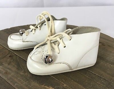 Vintage 1970's Lazy-Bones Kewpie Twins White Baby Shoes With Bells, Size 1
