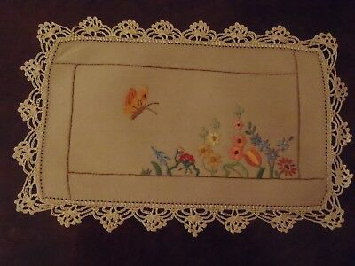 Vintage Doily Floral Hand Embroidery with Crochet Border 27x17.5cm Floral Doyley