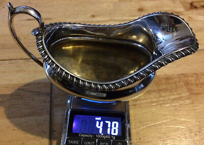 Silver Sauce Boat  London 1905 4.78 Toz