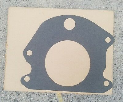 M715 Kaiser Jeep Transfer Case NP200 Seal And Retainer 11657438 G-890