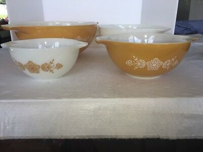 SET OF 4 VINTAGE PYREX BUTTERFLY GOLD CINDERELLA  MIXING BOWLS  No. 441 TO 444